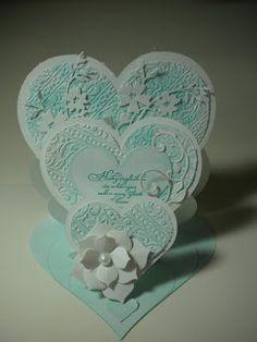 Gudruns Bastelecke: Triple Heart Easel Card