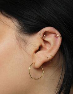 DEUX GOLD HOOP EARRINGS