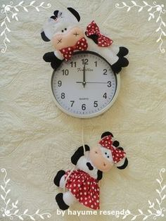 52 Ideas for patchwork cozinha vaca Patchwork Baby, Crazy Patchwork, Felt Crafts Patterns, Doll Patterns, Farm Crafts, Diy And Crafts, Sewing Toys, Sewing Crafts, Quilting Projects
