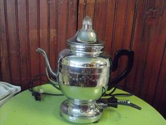 Vintage Farberware Percolator Coffee/Teapot Etched by peacenluv72