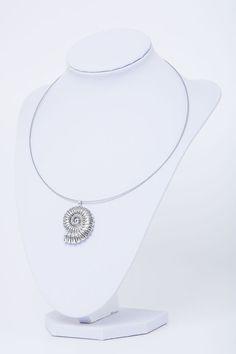 Halskette-Kettenanhänger-Silber-Muschel-Schnecke von Sylo Ketten auf DaWanda.com
