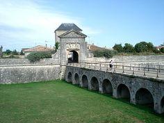 Les fortifications externes de Vauban. Saint-Martin de Ré et son île, Poitou - Charente.