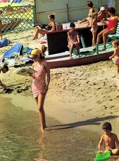 """Vogue US December 1992, """"Postcard From Portofino"""""""