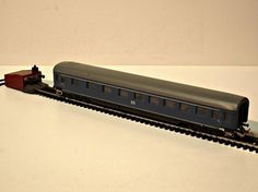 TT scale model trains by Berliner TT Bahnen and Zeuke & Wegwerth from the former east Germany. Car Cat, East Germany, Model Trains, Scale Models, Miniature, Electric Train, Scale Model, Miniatures