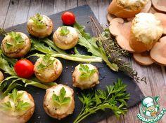 Шампиньоны, фаршированные курицей и сыром - кулинарный рецепт