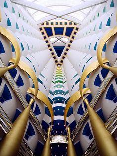 cb21769b45059ae37aefd90b37c6d2f1--dubai-hotel-dubai-uae.jpg (375×500)