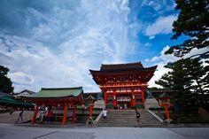 Summary of my 12 day trip to Japan including Osaka, Nara, Kyoto, Hiroshima, Miyajima, Tokyo & Hakone. Everything you need to know to plan your itinerary.