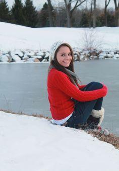 winter senior pic outdoor senior pic