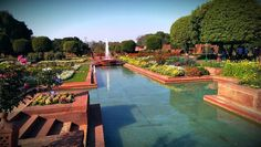 Located Near The Grand New Delhi Hotel, The Rashtrapati Bhavan (pronunciation Delhi Hotel, Garden Art, Home And Garden, Residential Landscaping, Walled City, Tourist Places, New Delhi, Garden Projects, Beautiful World