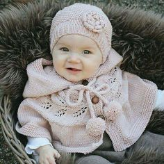 Baby Knitting Patterns Ravelry Ravelry: Autumn Poncho pattern by KlompeLompe by Torunn and Hanne Knitting For Kids, Baby Knitting Patterns, Baby Patterns, Crochet Patterns, Poncho Patterns, Start Knitting, Free Knitting, Clothing Patterns, Handmade Baby Clothes