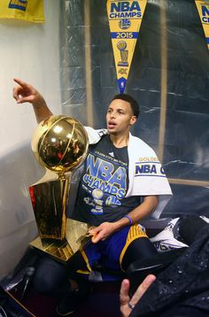 Congratulations to the Warriors and Steph Curry on becoming the 2015 NBA Champions!