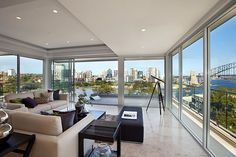 Sydney Penthouse - luxurious living room decor