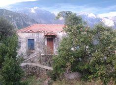 Βρύση Cabin, Traditional, Architecture, House Styles, Home Decor, Arquitetura, Decoration Home, Room Decor, Cabins