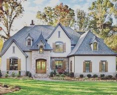 Minimalist Home Exterior Design Model Rustic Farmhouse 2019 26 French Country Houses Exterior, Country Home Exteriors, Dream House Exterior, Cottage Exterior, Country Homes, Arthur Rutenberg Homes, Custom Home Builders, French Country Decorating, Minimalist Decor