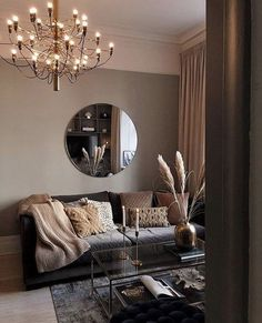 Best Living Room Wall Decor Eeveryone Love You want the space to reflect your personal style without feeling cluttered and cramped. Minimalist decor is the best way. Living Room Interior, Home Living Room, Living Room Designs, Living Room Decor, Cosy Living Room Warm, White Living Room Furniture, Living Spaces, Bedroom Decor, Minimalist Decor
