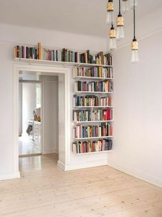 Bookshelves For Small Spaces, Creative Bookshelves, Bookshelf Design, Furniture For Small Spaces, Bookshelf Ideas, Bookshelf Decorating, Decorating Ideas, Bookshelves In Bedroom, Book Shelves