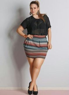 Enjoy reading these sexy curvy girl fashion outfits and ideas so as to have a great wardrobe collection with all sorts of casuals and party wear. Thick Girl Fashion, Curvy Fashion, Look Fashion, Plus Size Fashion, Fashion Outfits, Ladies Fashion, Womens Fashion, Fashion Moda, Fashion Fall