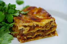 We pay tribute to the ultimate pasta bake with our favourite lasagne recipes, perfect for weeknight family dinners and special occasions whether it's summer or winter. Beef Lasagne, Lasagne Recipes, Pasta Recipes, Cooking Recipes, Vegan Recipes, Mozzarella, Minced Beef Recipes, Beef Mince Recipes, Sauce Au Curry