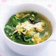 レタスの卵スープ   藤野嘉子さんのスープの料理レシピ   プロの簡単料理レシピはレタスクラブニュース