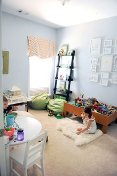 a cleanish kids' room?