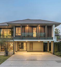 โครงการบ้านเดี่ยว บ้านจัดสรร บุราสิริ บางนา (Burasiri Bangna) Facade, House Plans, Real Estate, House Design, Doors, Architecture, House Styles, Outdoor Decor, Home Decor