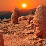 Turkey travel videos. Places to see in Turkey: Moun Nemrut, Adiyaman.Mount Nemrut Tumulus, UNESCO world heritage, registered as a first degree archaeological site in 1986, is a magnificient historical site with the most valuable monuments of the Kingdom of Commagene. The statues of Greek and Persian gods made in 62 ...
