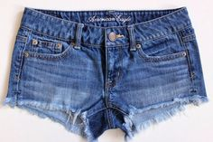 AMERICAN EAGLE Women's Lowrise Cut-Off Frayed Hot Mini Denim Jean Shorts Size 0 #AmericanEagleOutfitters #MiniShortShorts