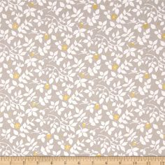 Violet Craft Brambleberry Ridge Metallic Fog from @fabricdotcom  Designed by Violet Craft for Michael Miller, this cotton print features metallic gold foil printing and is perfect for quilting, apparel and home decor accents.  Colors include grey and metallic gold.
