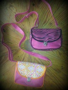 Morrales Nicky Fanny Pack, Bags, Fashion, Footprint, Fabrics, Hip Bag, Handbags, Moda, Fashion Styles