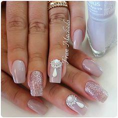"379 Me gusta, 10 comentarios - Fran Machado (@nails_franmachado) en Instagram: ""Unhas da Cliente @daianegomes9655 #Pedrarias #JóiasDeUnhas #JóiasDeLuxo By #FranMachado "" Manicure E Pedicure, Mani Pedi, Coffin Nails, Acrylic Nails, Unicorn Nail Art, Hair And Nails, My Nails, Nail Jewelry, Nail Accessories"