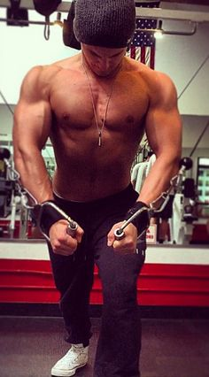Cody Christian facts, bio and shirtless pics. Learn about Cody Christian from Teen Wolf. Find out Cody Christian facts. Cody Christian fantasy date poll! Sterek, Pretty Little Liars, Pretty Boys, Jordan Parrish, Bae, Teen Wolf Boys, Cody Christian, Sport Body, Strong Body