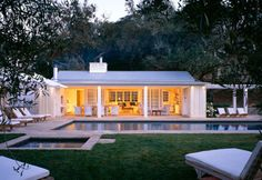 Northern California residence by  Backen, Gillam & Kroeger Architects.