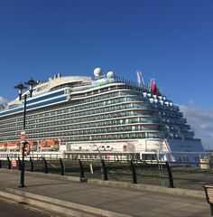 We wanders around and in the beautiful city of Liverpool for the whole day. In this tour of cruise, our company has three different packages of roaming. Select one of the plan according to your budget and visit our site.