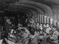 IlPost - Dizzy Gillespie a New York, tra il 1946 e il 1948. (William Gottlieb – Library of Congress) - Dizzy Gillespie a New York, tra il 1946 e il 1948.  (William Gottlieb - Library of Congress)