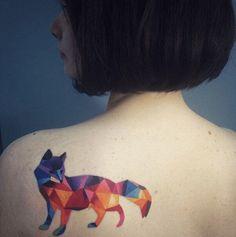 As notáveis e coloridas tatuagens aquarela de Sasha Unisex 18