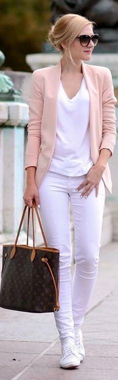 Best Women's Street Fashion (Daily New Fashion)
