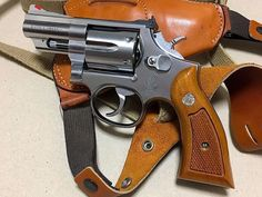 Survival Weapons, Weapons Guns, Guns And Ammo, Smith & Wesson 357, Revolver Pistol, Automatic Knives, 357 Magnum, Hunting Guns, Assault Rifle
