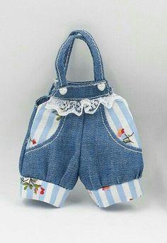 Интерьерные игрушки Машканцевой Ольги Sewing Doll Clothes, Baby Doll Clothes, Sewing Dolls, Doll Clothes Patterns, Baby Dolls, Baby Dress Patterns, Baby Knitting Patterns, Tilda Toy, Patterned Jeans