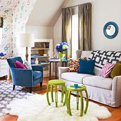 We love this fun, youthful look! More pattern mixing: http://www.bhg.com/decorating/lessons/basics/mixing-patterns/?socsrc=bhgpin072214lowcostpatternupdate&page=6