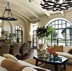 Beautifil barrel ceiling with barrel beams, Cadeiras maus e janelas traseiras brilhantes e porta!