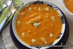 Esta é uma Sopa Creme de Abóbora e Palmito, aveludada, reconfortante e muito leve (2 conchas têm 39,2 kcal), ideal para o jantar.  #Receita aqui: http://www.gulosoesaudavel.com.br/2016/10/25/sopa-creme-de-abobora-e-palmito/