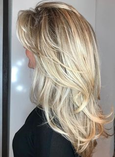 Long Layered Blonde Hairstyle beautiful hair styles 50 Cute and Effortless Long Layered Haircuts with Bangs Layered Haircuts With Bangs, Long Hairstyles With Layers, Long Hair With Bangs And Layers, Blonde Layers, Haircut Layers, Blonde Layered Hair, Choppy Layers, Long Hairstyles Cuts, Long Hair Styles