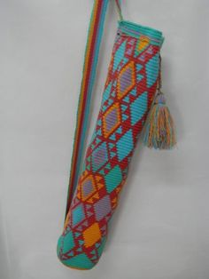 Tapestry Bag, Tapestry Crochet, Yoga Bag Pattern, Christmas Craft Show, Diy Crochet, Crochet Bags, Yoga Mat Bag, Craft Show Ideas, How To Make Light