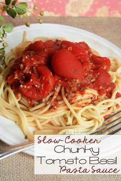 Slow Cooker Chunky Tomato Basil Pasta Sauce
