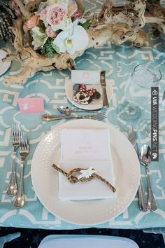ocean inspired tablescape | CHECK OUT MORE IDEAS AT WEDDINGPINS.NET | #wedding