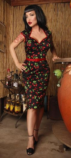 I LOVE vintage and pinup style dresses! I think this one is super cute...