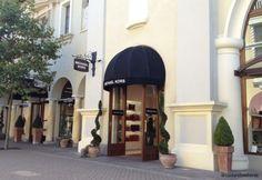 """""""Fidenza Village: o outlet entre Bolonha e Milão"""" by @contandoashoras Toscana, Outlet, Shops, Shopping, Fashion, Bologna, The Journey, Viajes, Moda"""
