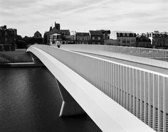 Barthélémy Griño Architectes, Hélène Binet · Passerelle des Anglais