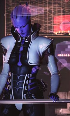 ( CAUSE OF DEATH: Aria T'Loak's attire )