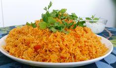 Indiskt tomatris som smakar fantastiskt. Den är full med smakar och så god att den egentligen kan serveras som en hel rätt utan något bredvid. En klick yoghurt och du har en läcker middag serverad.